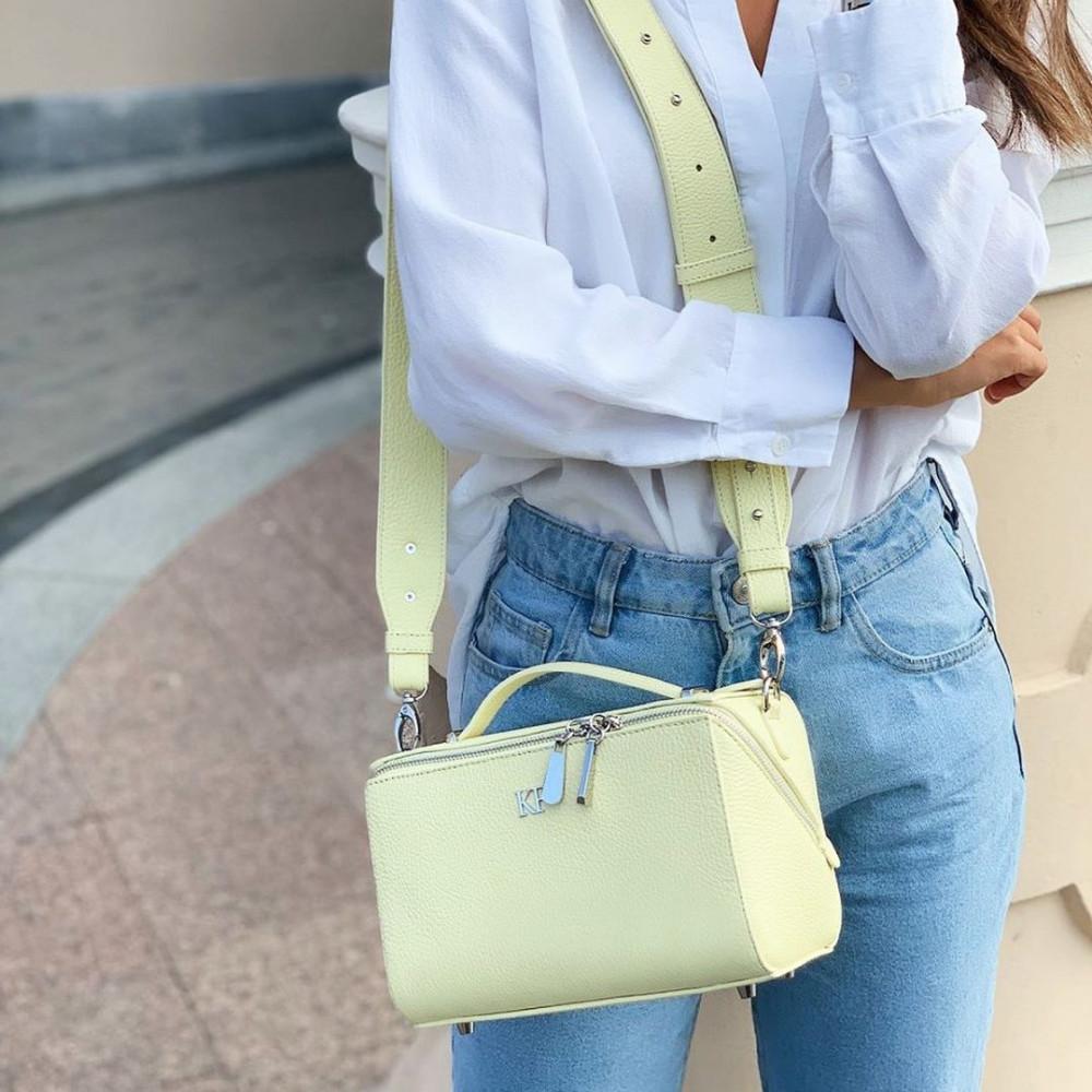 Жіноча шкіряна сумка кросс-боді на широкому ремені Kira KF-3041-6