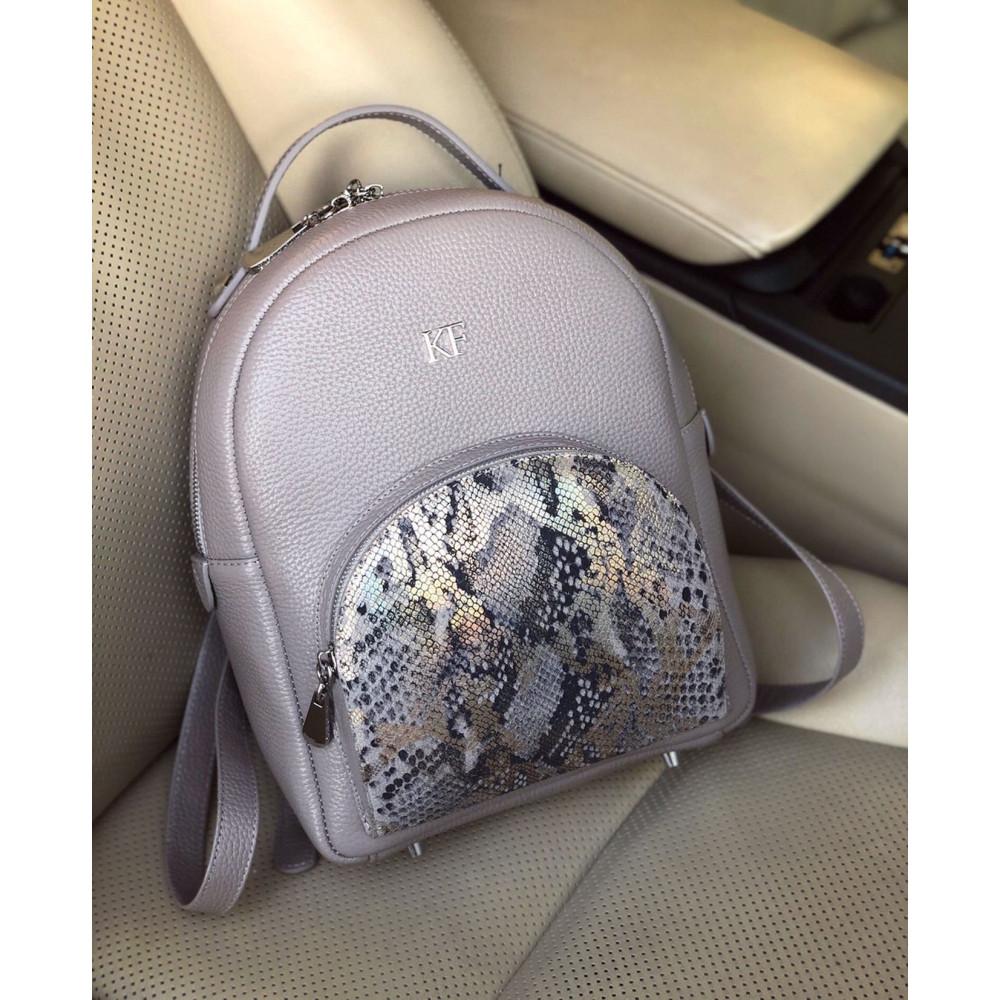 Жіночий шкіряний рюкзак Alina KF-3592-