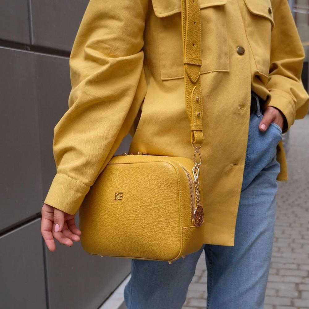 Жіноча шкіряна сумка кросс-боді на широкому ремені Tatiana M KF-3874-9