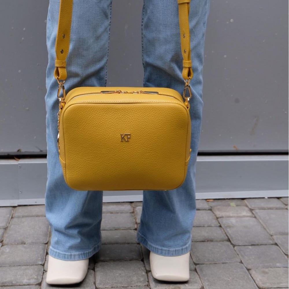 Жіноча шкіряна сумка кросс-боді на широкому ремені Tatiana M KF-3874-7