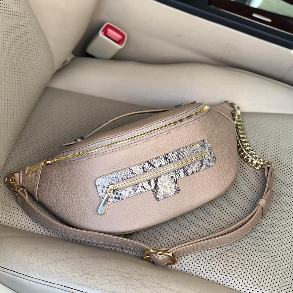 Жіноча шкіряна сумка бананка Bananka L KF-4402